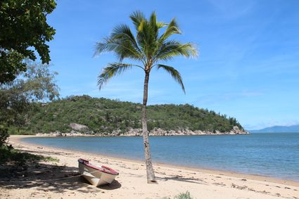 magnetic_island_beach