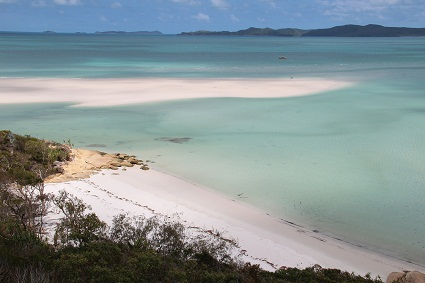sailing_whitehaven_beach